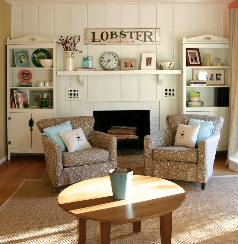 222_russell-living-room2009